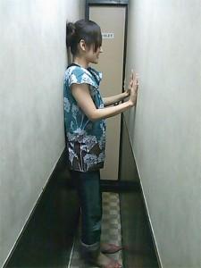 claustrophobic-toilet2